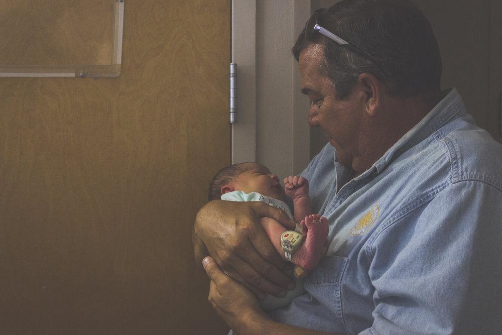 Baby Gabe at Hospital_045.jpg