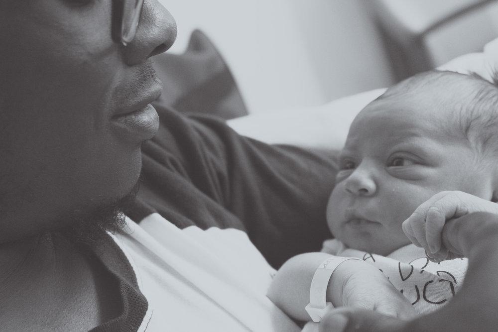 Baby Gabe at Hospital_058-2.jpg