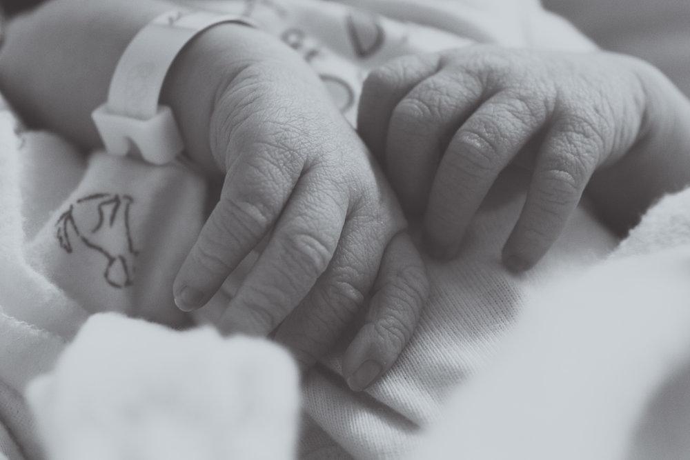 Baby Gabe at Hospital_061-2.jpg