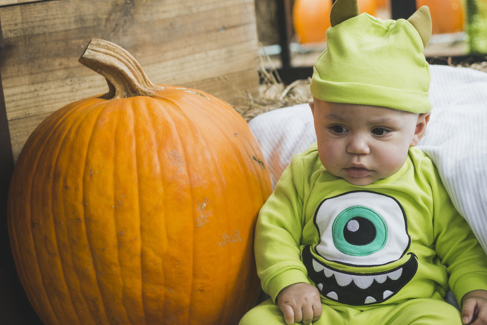 Gabes First Halloween-022.jpg