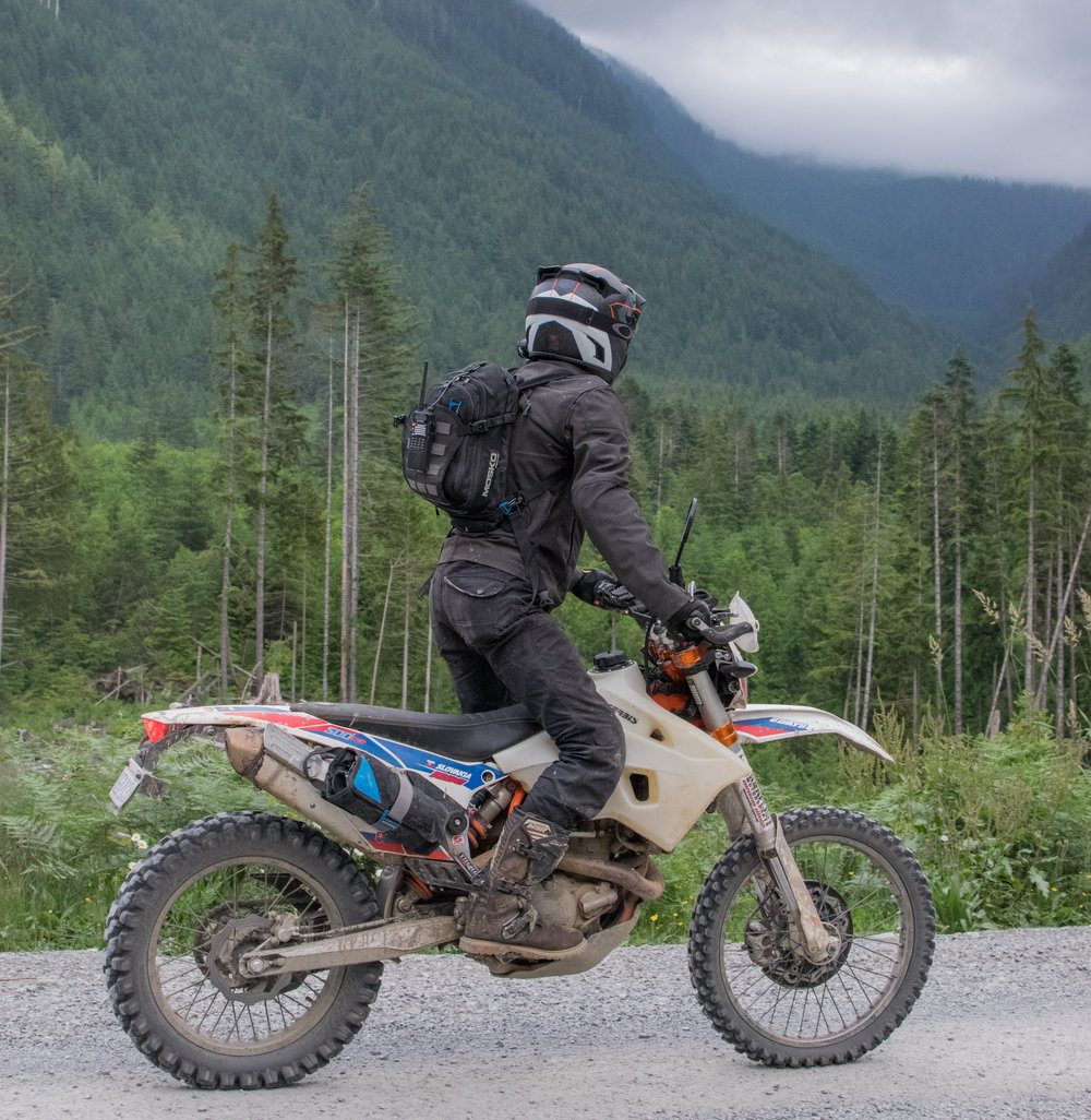 Seen here with the Mosko Moto Fatty Tool Roll. Gold Bar, WA.