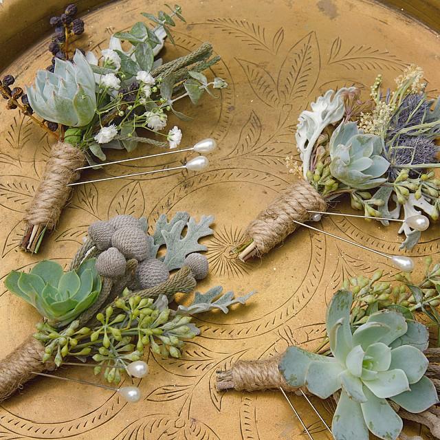 Bout it, Bout it  #boutonniere #wedding #sandiegowedding #losangeles #flowers #succulentboutonniere #weddingflowers #sandiego #junebloomfloral