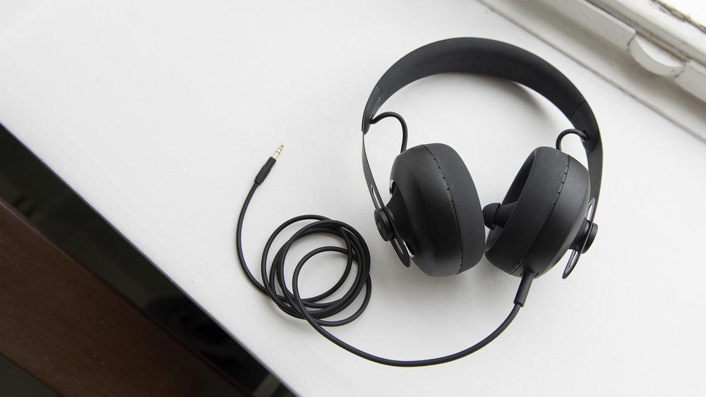 Nuraphones with analog cord.jpg