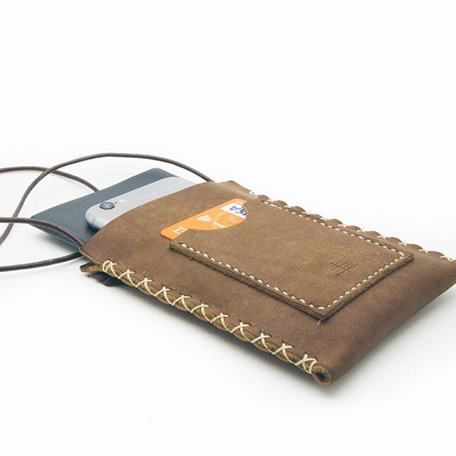 Only a few of these beautiful Brooklyn Brown Passport Holders left! Don't miss out! . . . #leathergoods #leather #woodsco #woodscollection #passportholder #passport #travel #travelphotography