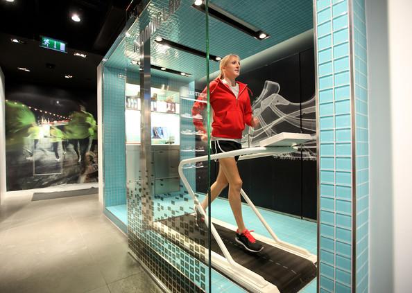 Paula Radcliff at Niketown London