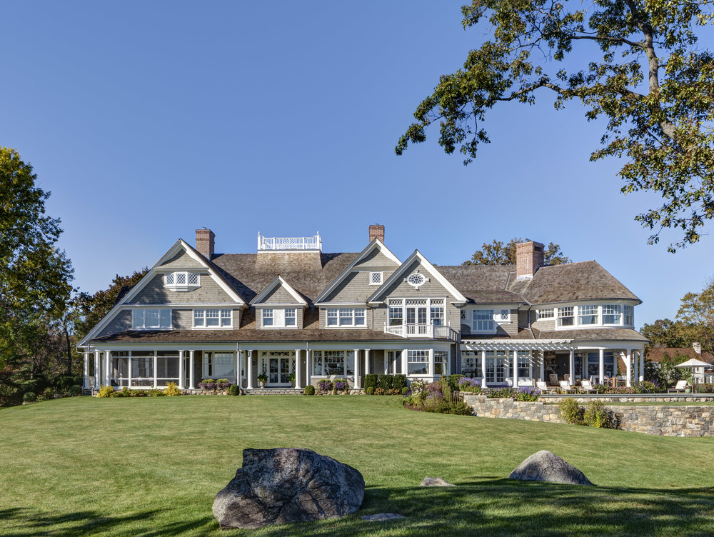 Shingle-Style-Waterfront-New-Construction-Davenport