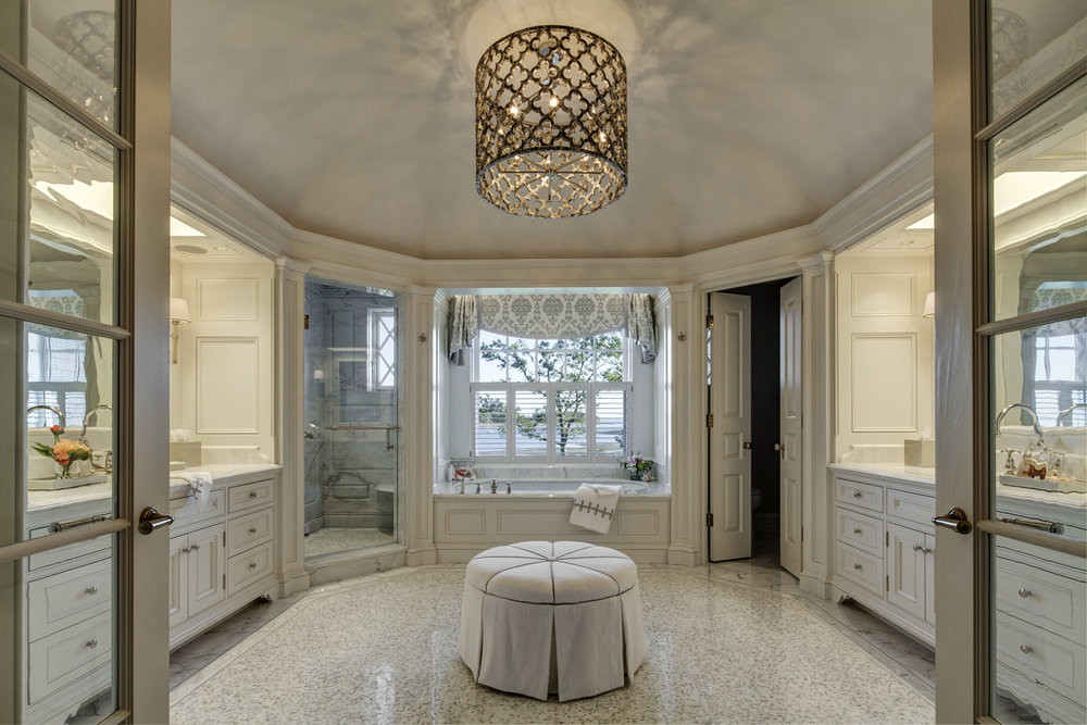 Waterfront-Colonial-master-bathroom-riverside-ct-interior-w.jpg