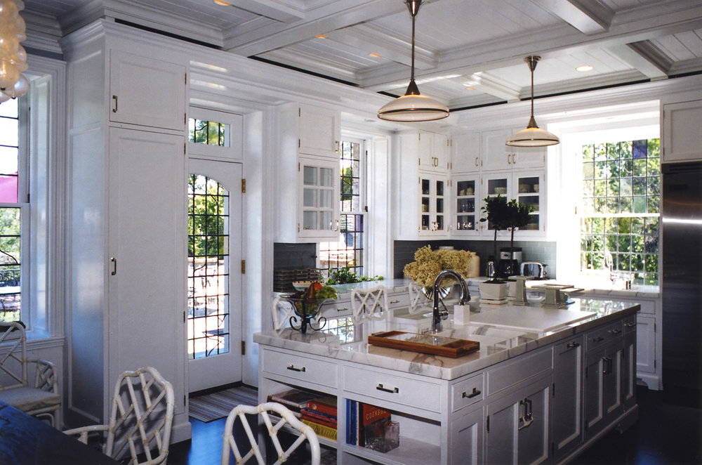 Historic-renovation-kitchen-leaded-windows-bronxville-ny-interior-w.jpg