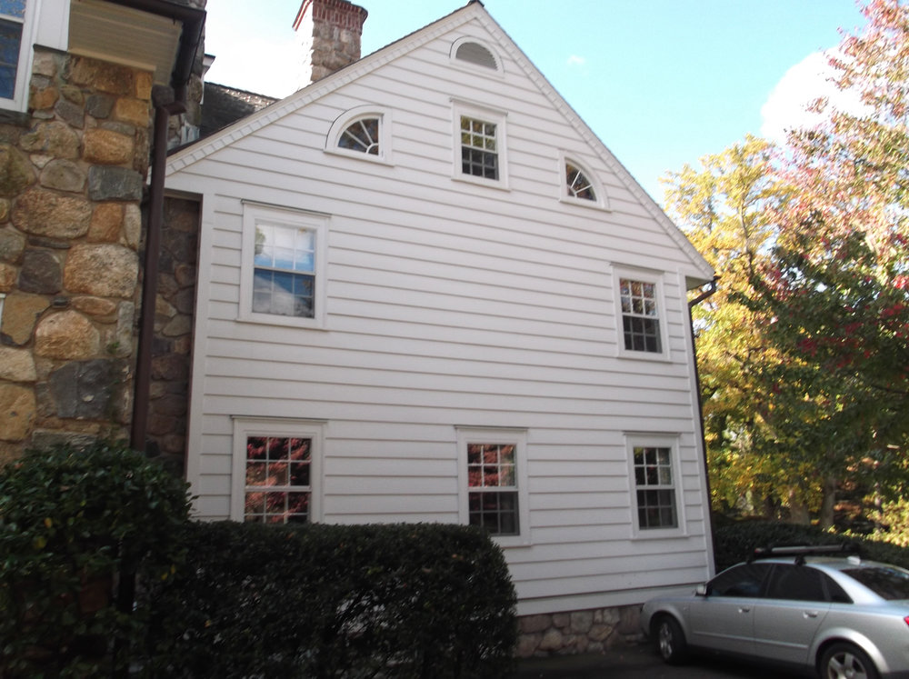 Colonial-renovation-before-riverside-ct-exterior-w.jpg