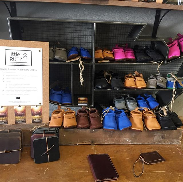 LittleRÜTZ moccs are freshly restocked @americanshoeshop and nestled in amongst some of the beautiful @vermilyeapelle wares! Next ship date for custom orders is early August, as we are back out on the road again! #adventureisoutthere #worklifebalance #little #leather #moccasins #chromefree #comfy #kidapproved #momapproved #toddlerfashion #wenatchee #centralwashington #locallymade #handcrafted