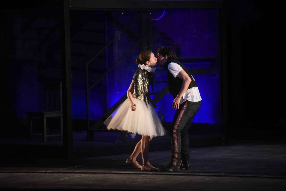 Romeo&Juliet_2.jpg