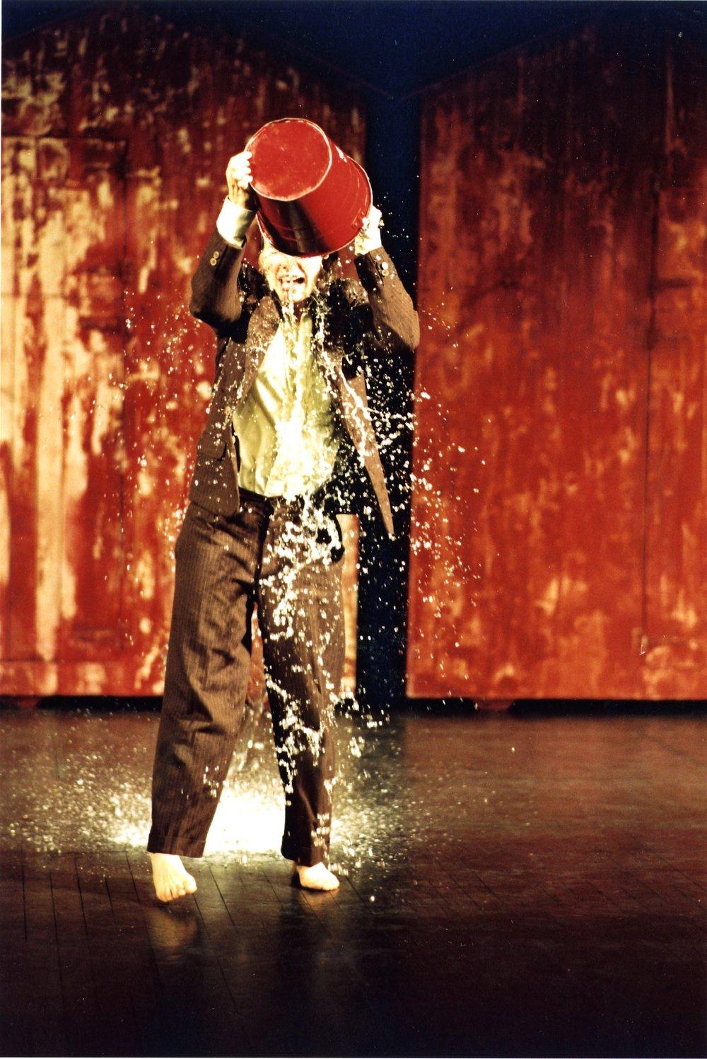 Shake 2001-2@Mario Del curto HD.jpg