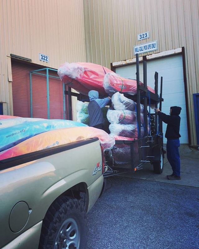 Pretty new boats for the new season! #newyearnewgear #catawbariver #perceptionkayaks