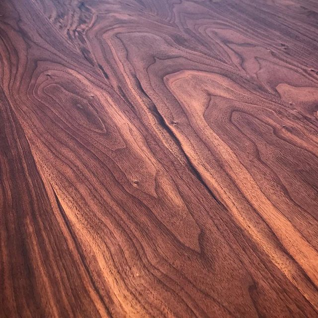 #walnutwednesday - #oindcorp #premiumwoodproducts #walnut #woodworking
