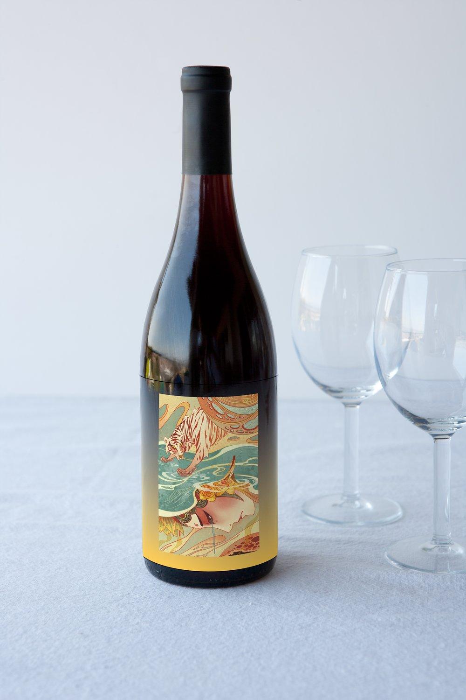 Wine Packaging Mockup