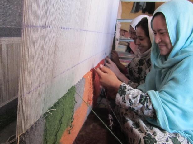 Photo Credit: Ishkar (https://www.indiegogo.com/projects/ishkar-curated-craftsmanship-with-purpose--2#/)