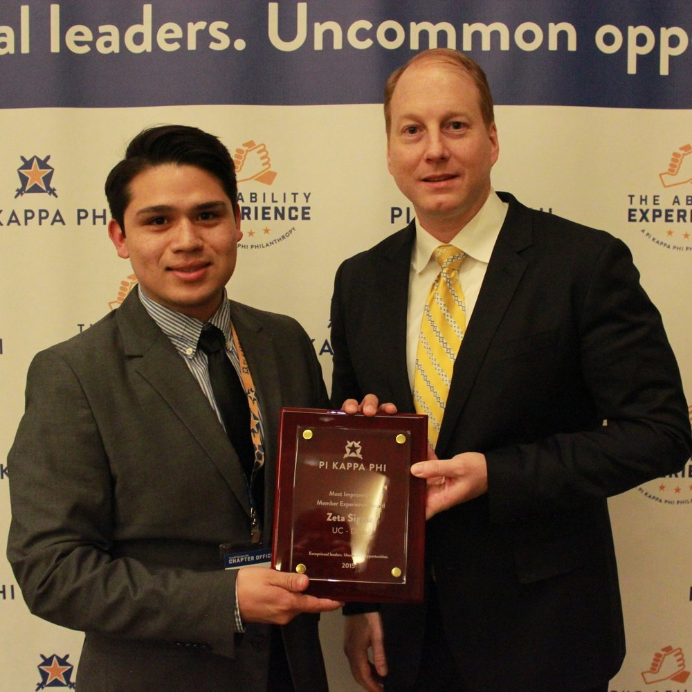 Former Archon Francisco Rojas accepting 2016 midyear award