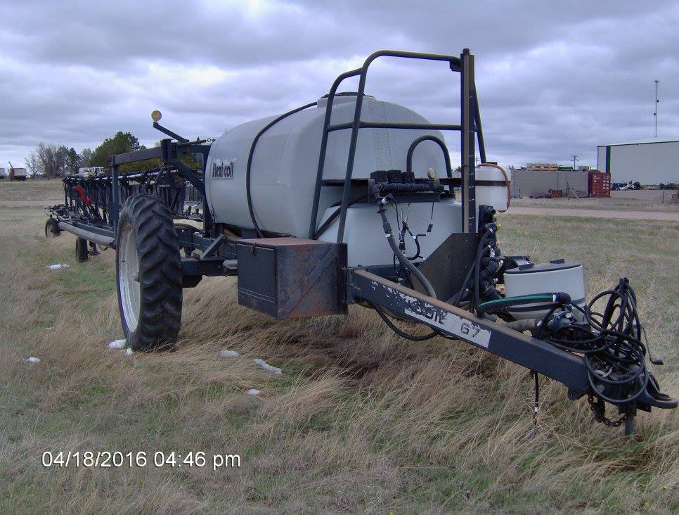 Flexi-Coil, model 67, sprayer, 90' booms, w windscreens, 1,000 gal tank..jpg