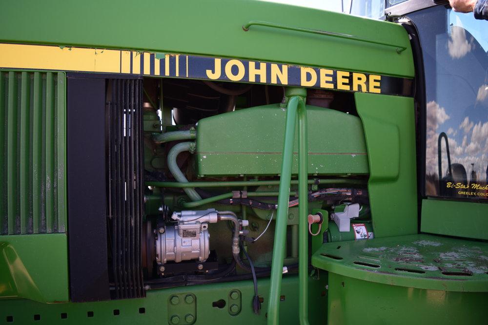 JD 4960 FWA, 18.4 R42 duals, 3pt PTO, 3hyd.