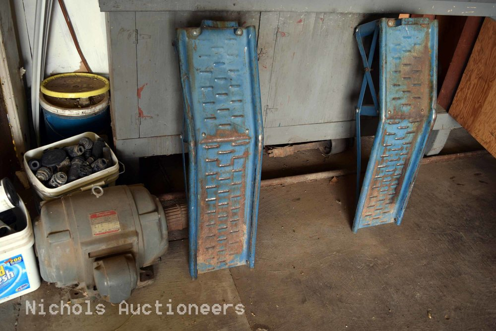 Norris Estate Auction125.jpg
