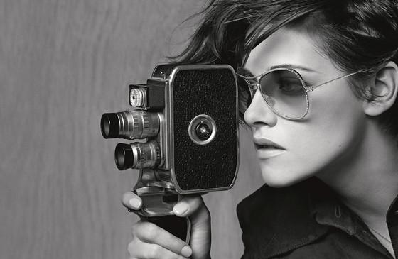 rs_560x365-150407104054-1024.6.Kristen-Stewart-Chanel-Eyeware-Campaign.jl.040715.jpg