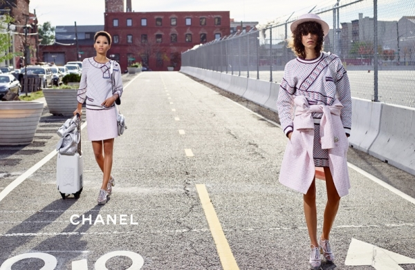 chanels-spring-summer-2016-ads-shot-by-karl-lagerfeld-in-brooklyn.jpg