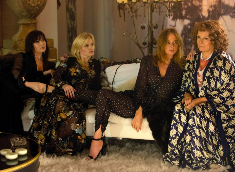 Kate Moss & A Bunch Of Other Models in Absolutely Fabulous: The Movie 🍒 DNAMAG.co