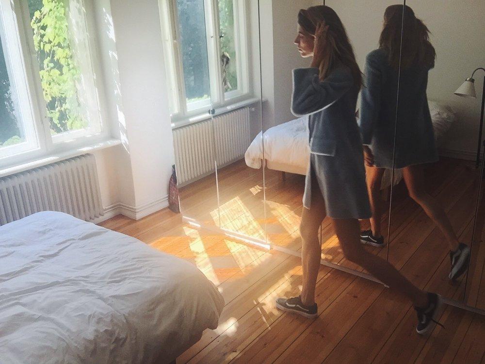 Getting Dressed w/Veronika Heilbrunner 🍒 DNAMAG