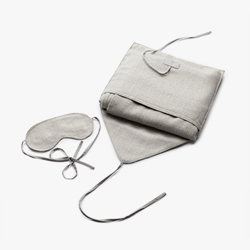 BABY ALPACA TRAVEL SET by CUYANA