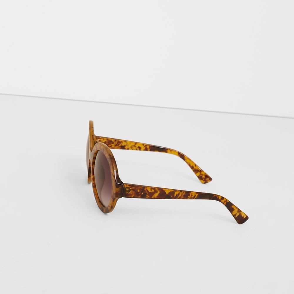 TORTOISESHELL RETRO SUNGLASSES by MANGO