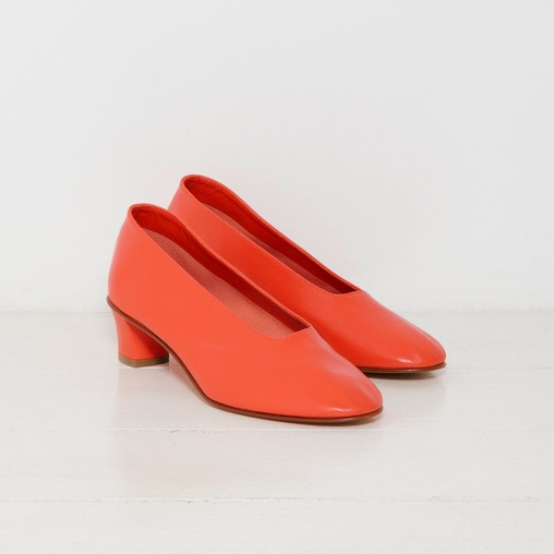 Martiniano 'High Glove Shoe in coral'