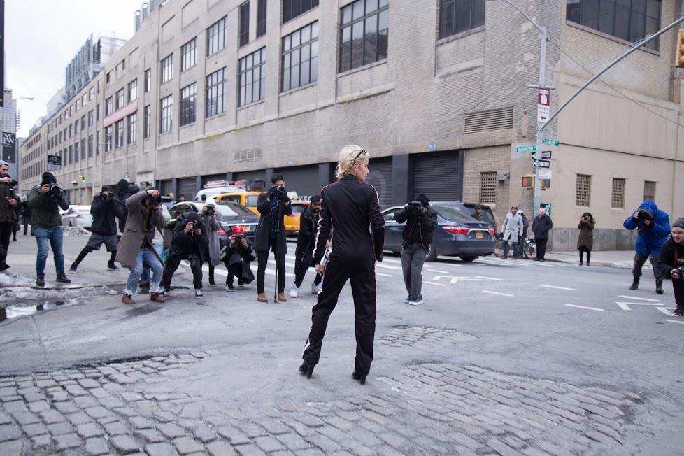 NYFW FW17 Streetstyle Happens via DNAMAG