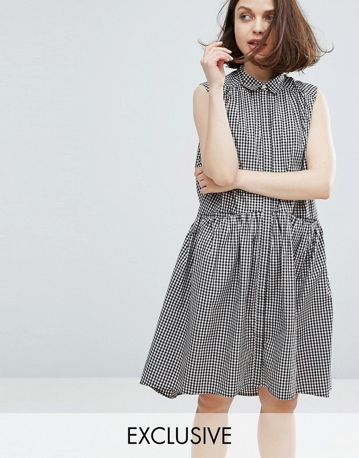 Monki - gingham tiered hem dress