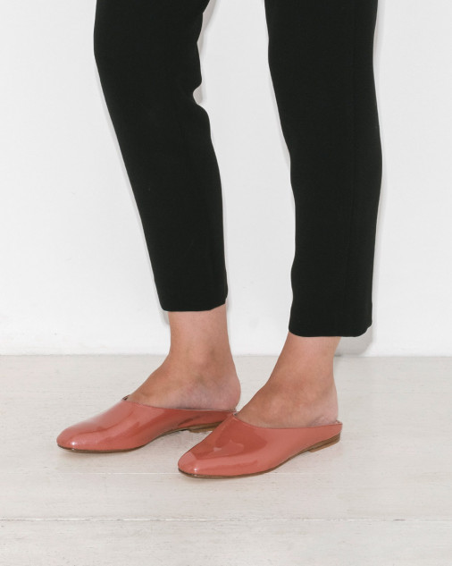 - MARYAM FLAT IN SALMON $387  *photo via The Dreslyn
