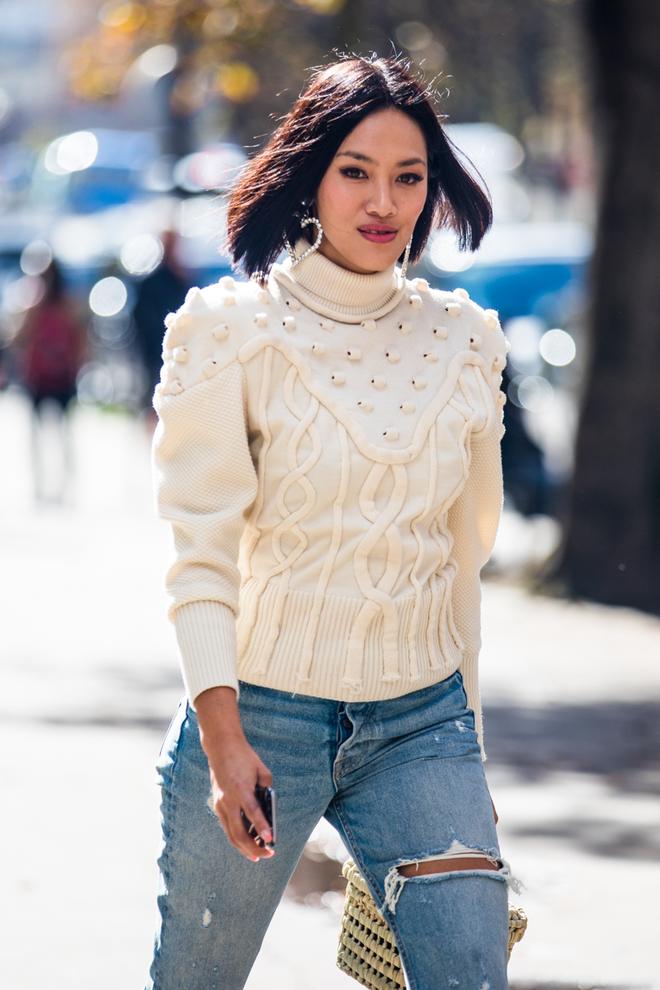 Paris Fashion Week streetstyle happened ss18 / ph: Sandra Semburg
