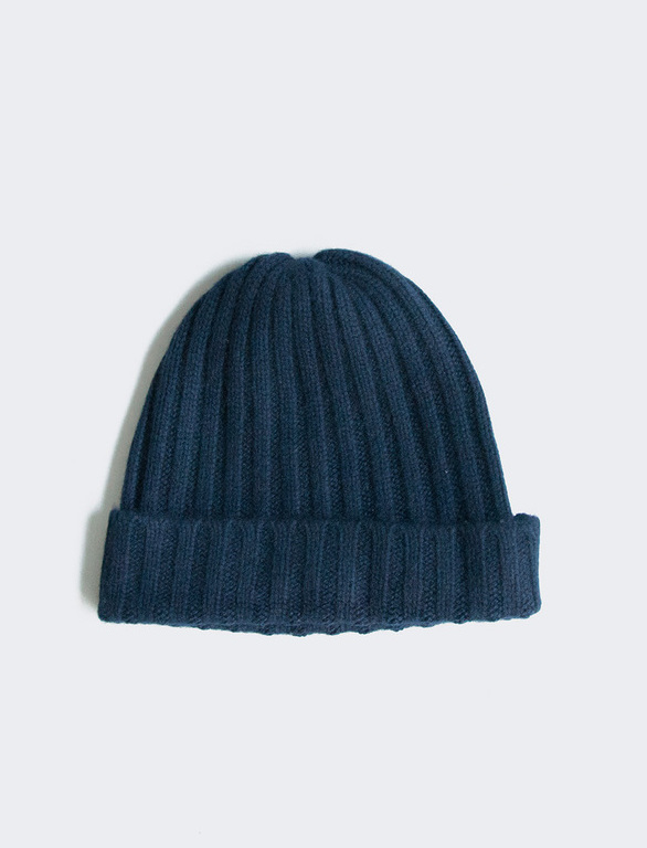 - CASHMERE WIDE RIB BEANIE IN NAVY / Creatures of Comfort $140