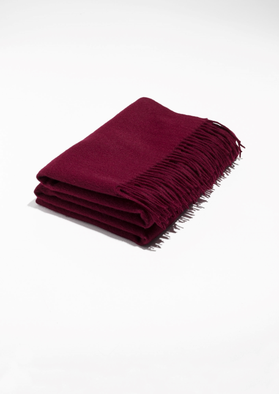 - OVERSIZED SCARF. BURGUNDY WOOL SCARF / & Other Stories $65
