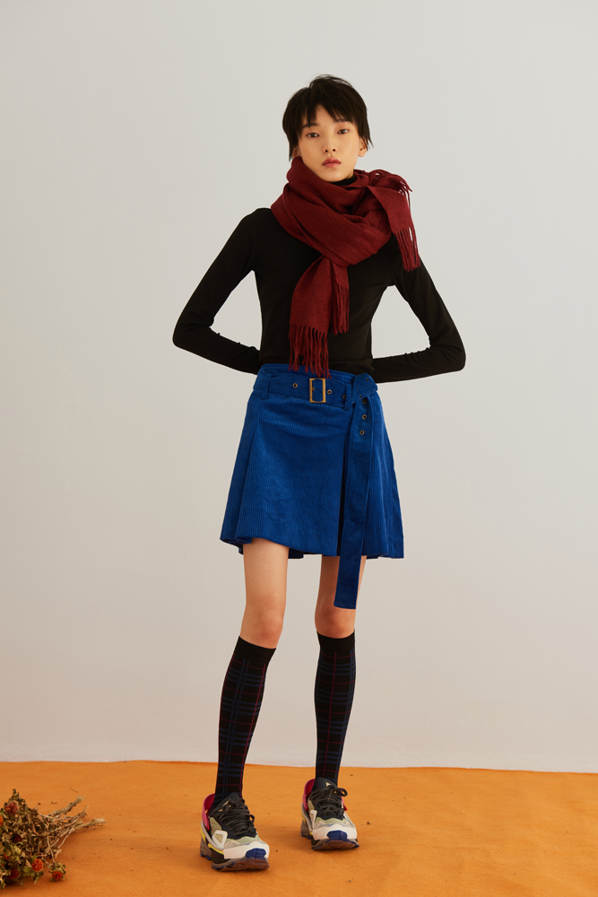 - GO MINI.CORDUROY BELTED SKIRT / Front Row Shop $59