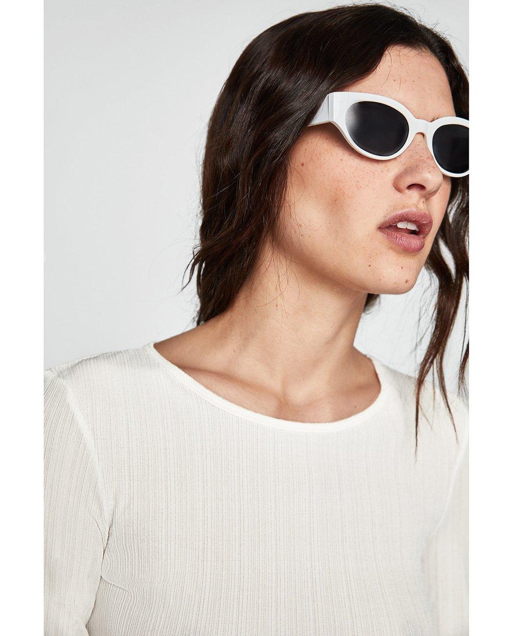 - TEXTURED WEAVE T-SHIRT / Zara $20