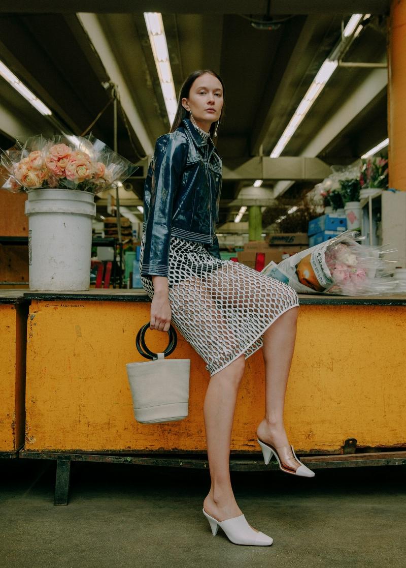 Dressed for the flower market // DNAMAG