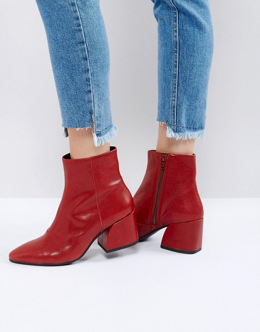 - Vagabond / Olivia Cherry Red Leather Ankle Boots