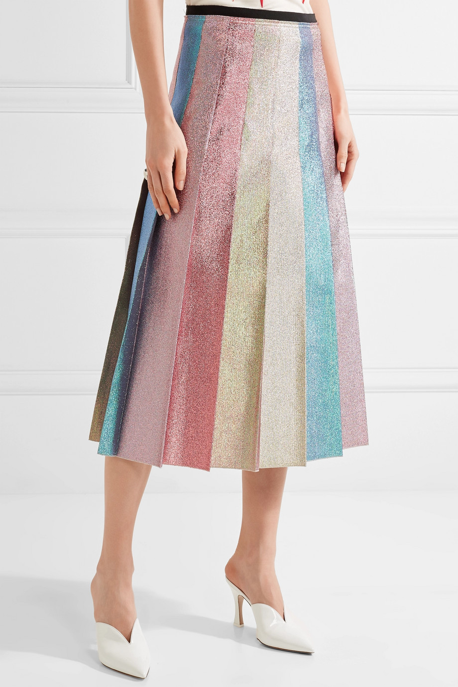- Gucci / Pleated Lamé Midi Skirt
