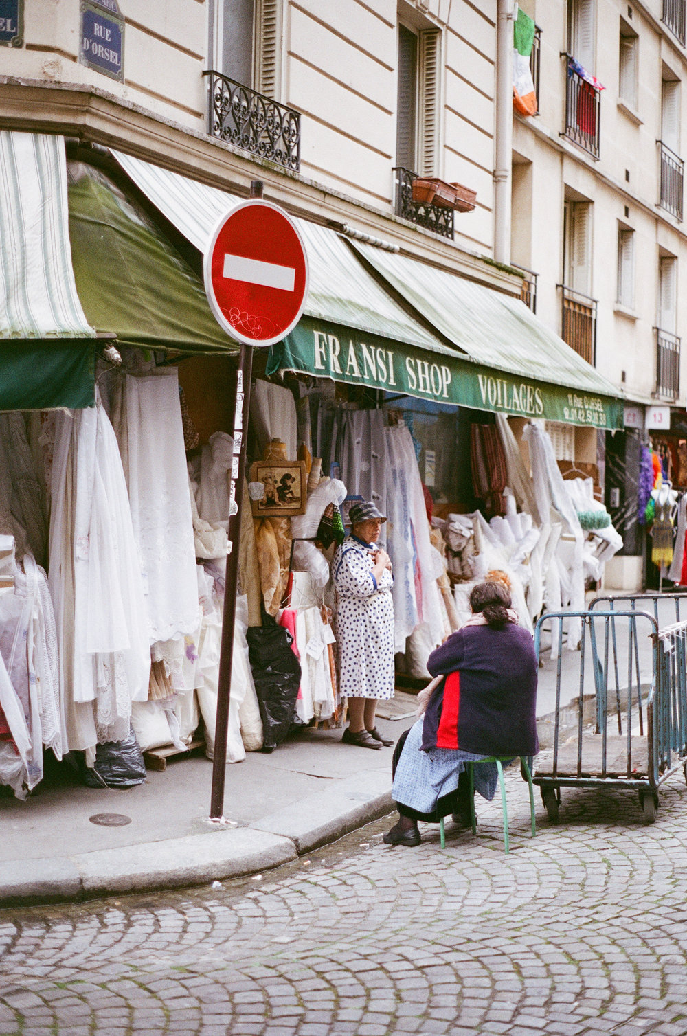 A Lookbook in Paris by Elena Chen // DNAMAG