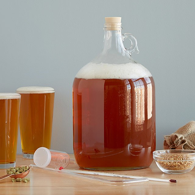 UNCOMMON GOODS / WEST COAST STYLE IPA BEER BREWING KIT STARTS AT $20 -