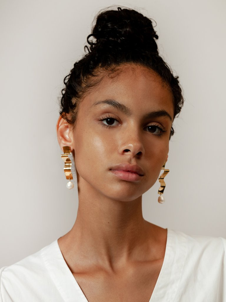 Lunette Earrings by Wolf Circus Jewelry // DNAMAG