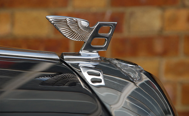 bentley-hood-ornament.jpg