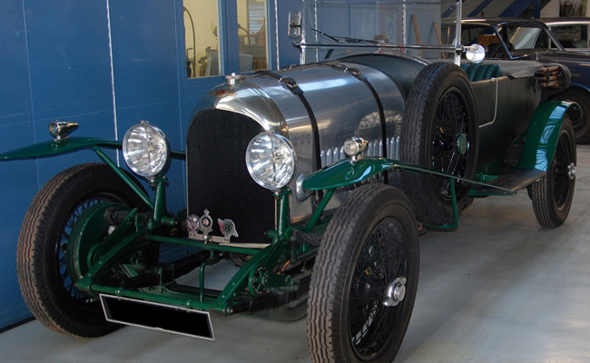 bentley-opentop-in-workshop.jpg