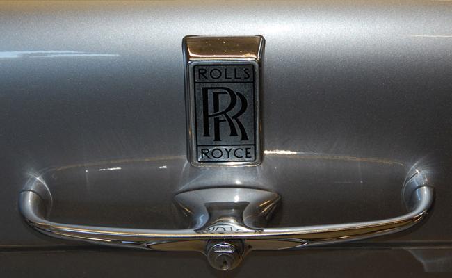 rolls-royce-trunk.jpg