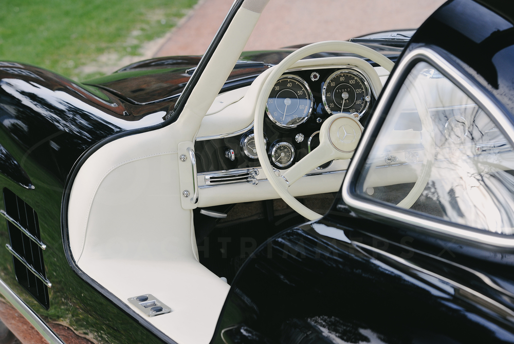 o-rourke-coachtrimmers-mercedes-gullwing-300-sl.jpg