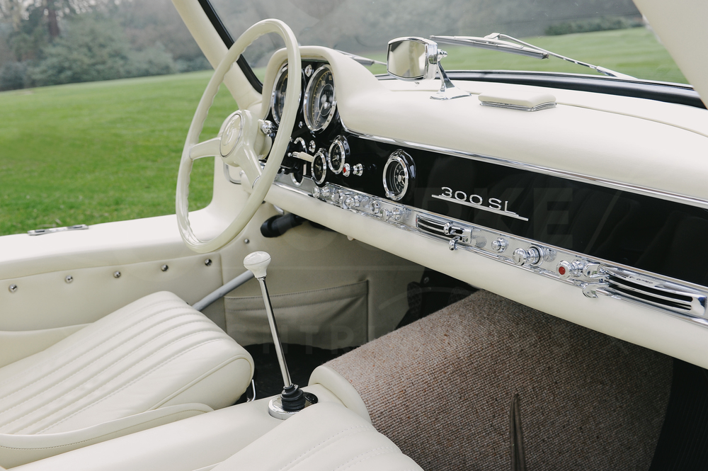 o-rourke-coachtrimmers-mercedes-gullwing-300-sl-2.jpg